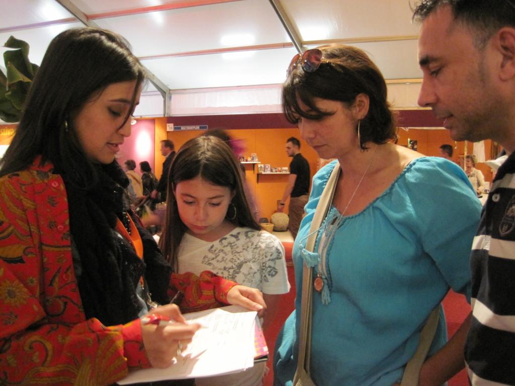 Charlene aan het werk. (c) Charlene Vodegel/ Indisch 3.0 2012.