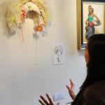 Remona Poortman vertelt over haar kunstwerk Foto:© Tabitha Lemon/Indisch 3.0 2012