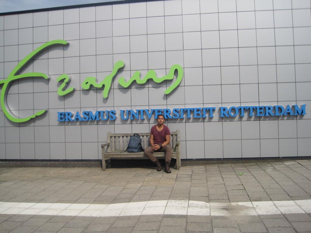 Jeffrey Klavert voor de Erasmus Universiteit  Rotterdam – Charlene Vodegel / Indisch 3.0 2012