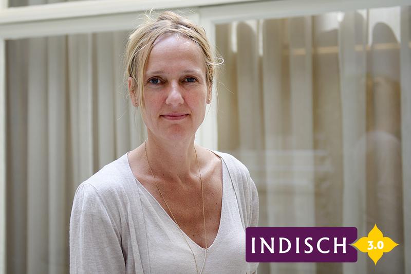Liesbeth Zegveld op haar kantoor in Amsterdam. Foto: Tabitha Lemon/ Indisch 3.0 2013.