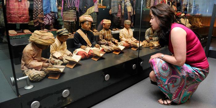 Vernieuwde Indonesiëzaal open in Museum Volkenkunde